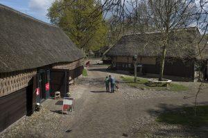 Nederland - Assen - Drenthe - 02-05-2015  Orvelte zicht op Borckerhof  foto : Sake Elzinga